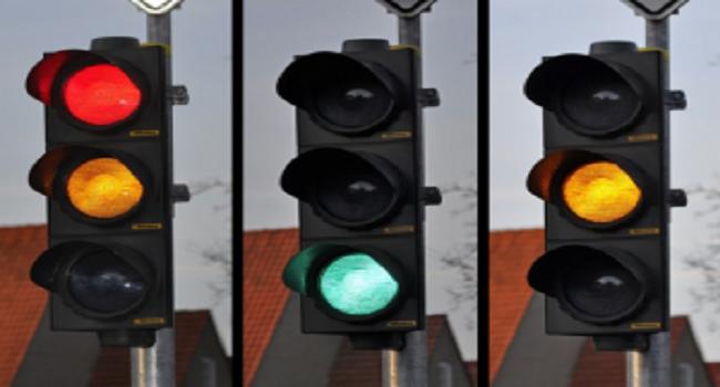 Đèn giao thông ba màu