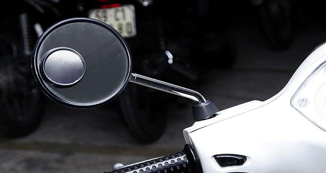 Gương cầu lồi dành cho xe máy