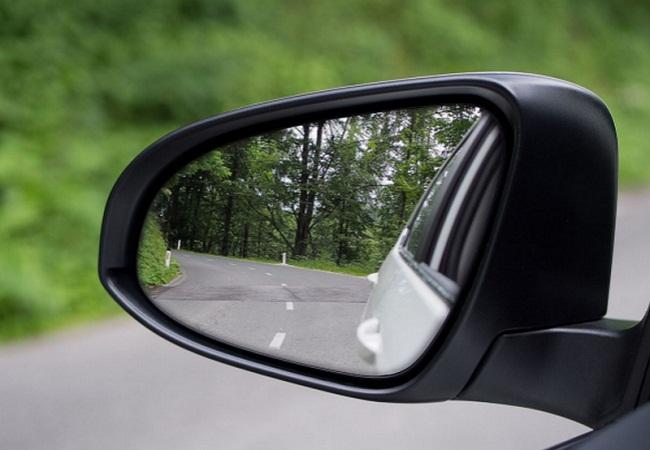 Những điều cần lưu ý khi mua gương chiếu hậu ô tô